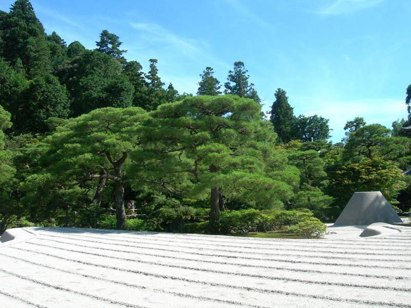 ginkau-ji-zen-garden-japan
