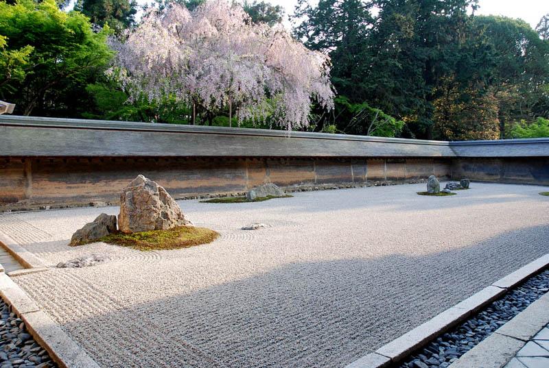 ryoan-ji-zen-garden-japan