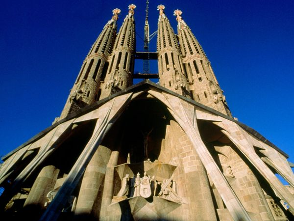 sagrada-familia-church_6871_600x450
