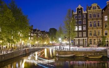 11.-Edited-Amsterdam-SIM-776012-1680x1050
